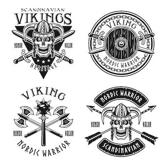 Викинг или скандинавские воины набор векторных эмблем, этикеток, значков, логотипов или футболок в монохромном винтажном стиле, изолированные на белом фоне