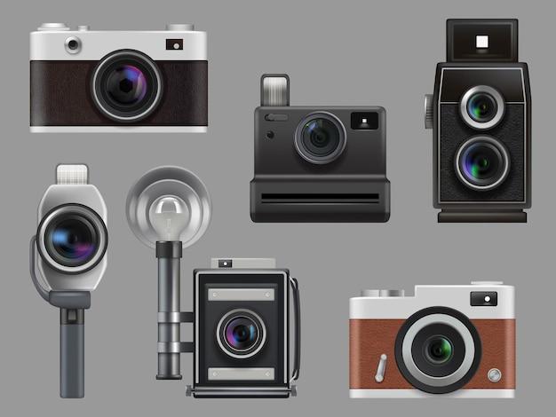 Винтажные фотоаппараты. электронные гаджеты ретро фототехника для профессиональных работников векторные реалистичные иллюстрации изолированные