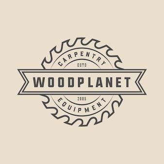 Старинные столярные изделия из дерева и механик этикетка значок эмблема и логотип векторные иллюстрации
