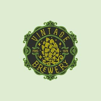 ヴィンテージ手描きのビール醸造所のバッジ