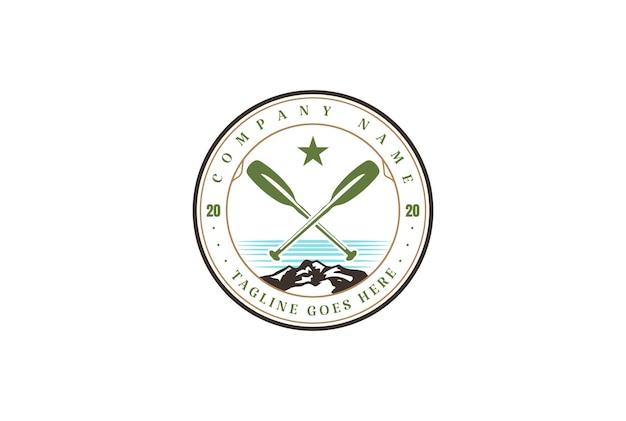 Винтаж каяк, каноэ, рафтинг, лодка, эмблема значок для вектора дизайна логотипа спортивного клуба