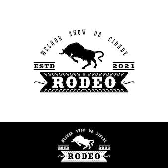 멕시코 작풍 로데오 우표 로고 디자인을 위한 포도 수확 로고 황소 버팔로 앵거스 암소 날뛰기