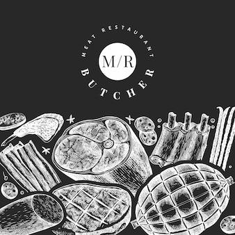 ビンテージ肉製品のデザインテンプレート。手描きのハム、ソーセージ、ハモン、スパイス、ハーブ。チョークボードのレトロなイラスト。レストランのメニューに使用できます。