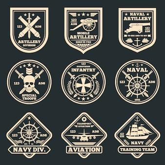Старинные военные и армейские векторные эмблемы, значки и ярлыки