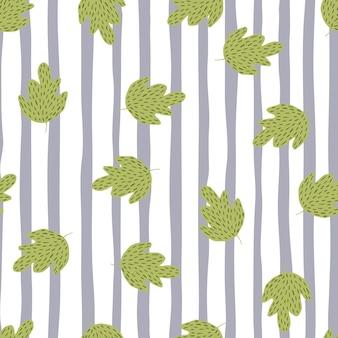 Vintage oak seamless pattern on stripe background. retro foliage backdrop.