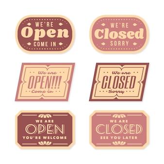 ヴィンテージのオープンおよびクローズド看板コレクション