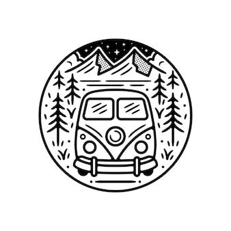 ヴィンテージ屋外ステッカー、パッチ、ピンバッジデザイン。森の中のヴァンと山のシーン