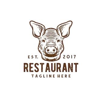 頭豚のロゴが入ったヴィンテージレストラン
