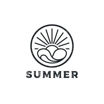 해변 서핑 로고 디자인을 위한 빈티지 레트로 소식통 스탬프
