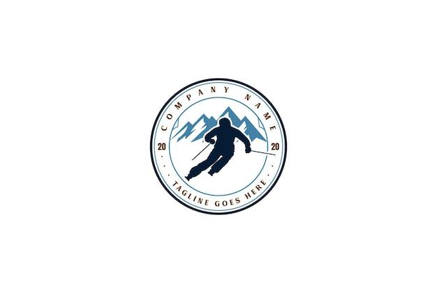 ヴィンテージレトロアイススノーマウンテンスノーボードスキースポーツクラブロゴデザインベクトル