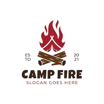 焚き火キャンプの火炎のヴィンテージレトロなロゴデザイン