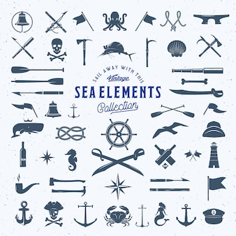 초라한 텍스처와 빈티지 바다 또는 항해 아이콘 요소 집합입니다.