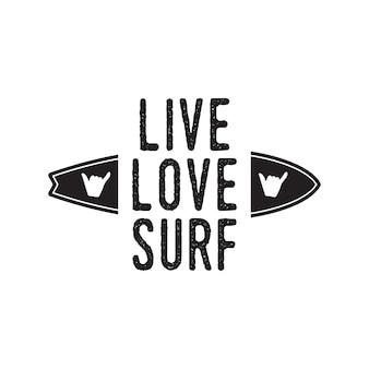 Винтажный дизайн логотипа серфинга для футболки и других целей. увидимся на следующем значке каллиграфии и очков с цитатой типографики wave. необычная рука нарисованные серфинг графический патч эмблема. фондовый вектор.