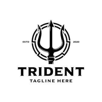 Винтажное копье трезубца с логотипом посейдона
