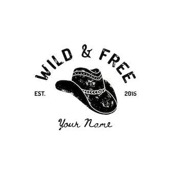 빈티지 웨스턴 카우보이 모자 로고. 와일드 웨스트, 텍사스의 벡터 상징입니다. 미국 레이블 레트로 타이포그래피 그런 지 스타일입니다. 인쇄, 포스터, 티셔츠, 표지, 배너 또는 기타 비즈니스용 템플릿