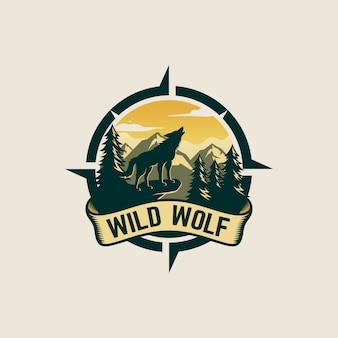 Vintage wolf logo design