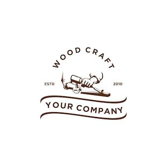 Старинное дерево ремесло логотип Premium векторы