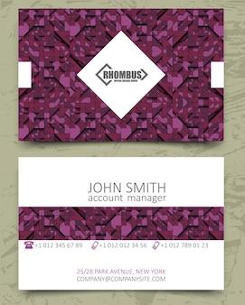 보라색 삼각형 현대 명함 디자인 서식 파일입니다. 분홍색 보라색 배경에 로고가 있는 흰색 마름모 요소. 컬러 라인. 볼륨 3d 기하학적 패턴입니다.