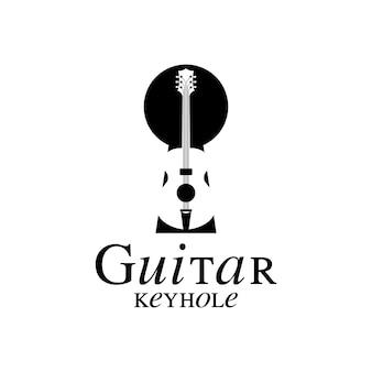 キーホールのロゴデザインのインスピレーションを持つバイオリンビオラギター
