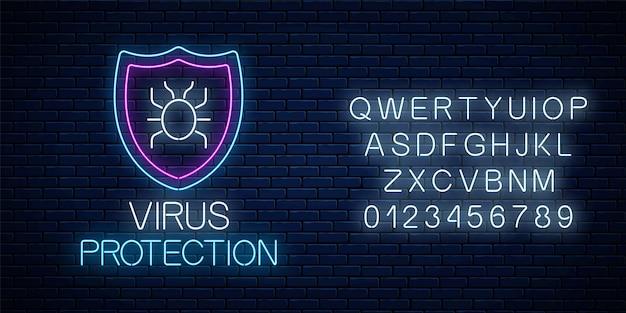 Антивирусная защита светящийся неоновый знак с алфавитом. символ кибербезопасности в интернете с щитом и хакерской ошибкой.