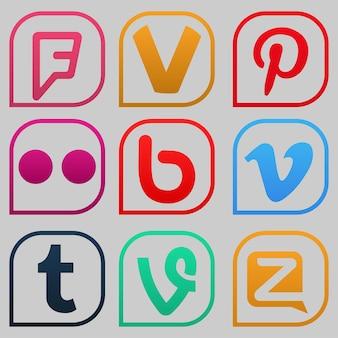 ヴォロネジ、ロシア-2020年1月5日:カラーの人気ソーシャルメディアアイコンのセット:foursquare、pinterest、flickr、vimeo、tumblr、vineなど