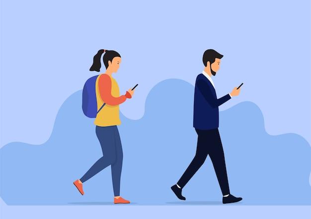 Идущие люди проверяют мобильный телефон. плоская иллюстрация