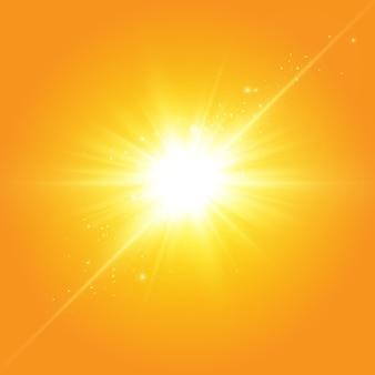 黄色の背景に暖かい太陽。 leto.bliki太陽光線。