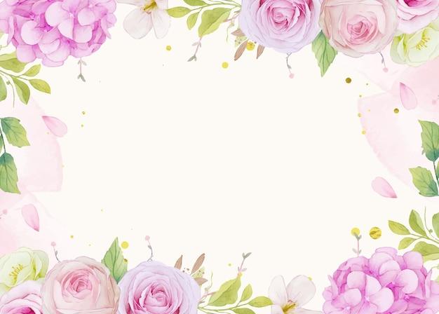 Акварельный фон из розовых роз и синего цветка гортензии