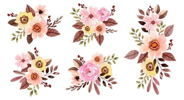 Акварельный букет цветов с розовой розой и коричневыми листьями