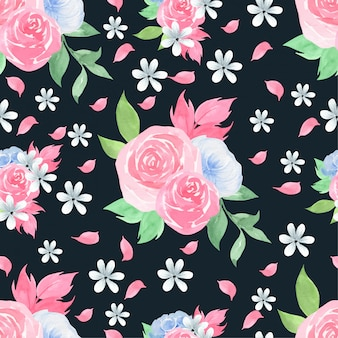 Watercolor seamless pattern with beautiful roses