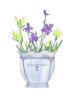 水色の磁器の花瓶に野生の花の水彩画の夏の花束