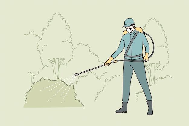 Полив лужайки на работе концепции. рабочий человек в защитной маске стоя поливает лужайку со специальным оборудованием, делая работу векторные иллюстрации