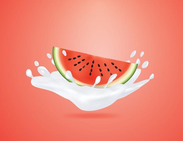 빨간색 배경에 우유 스플래시에 고립 된 수 박