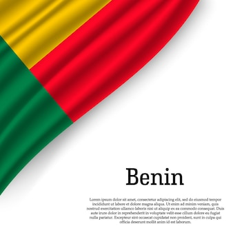 Развевающийся флаг бенина на белом