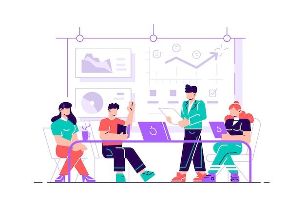 若い男がコンピューターと机に座っており、彼の同僚は画面を指してアドバイスを与えています。オフィスビジネスコンセプト。 webページ、カードのフラットスタイルのモダンなデザインイラスト
