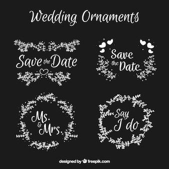 黒板スタイルの結婚式の装飾