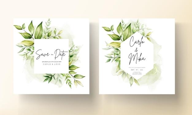 アルコールインクの背景に美しい緑の葉と結婚式の招待カードテンプレート