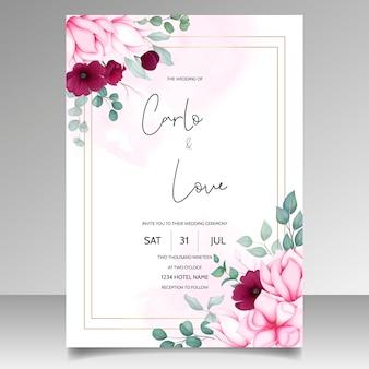 美しいマグノリアの花と結婚式の招待カード