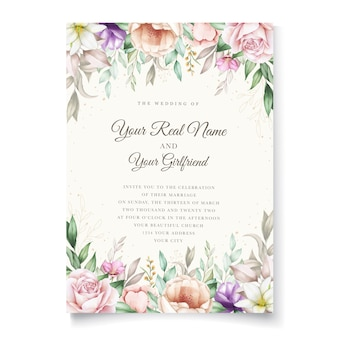 柔らかい緑水彩花の結婚式の招待カード