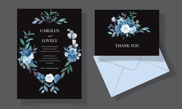 Шаблон свадебного приглашения с красивым синим цветочным букетом и бордюром