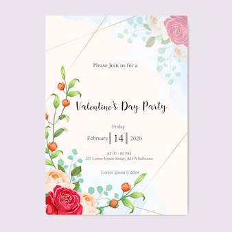 美しい花と結婚式の招待状の葉