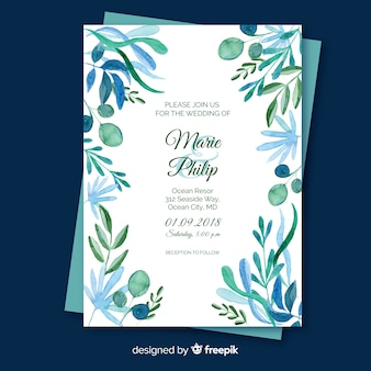 Wedding invitation with floral elements