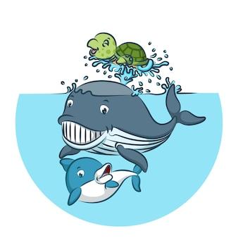 Кит и акула играют вместе с зеленой черепахой