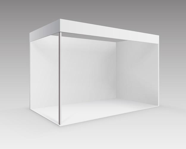 背景に分離された視点でのプレゼンテーションのための白い空白の屋内貿易展示会ブース標準スタンド