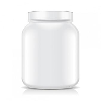 흰색 빈 플라스틱 병 흰색 배경에 고립입니다. 스포츠 영양, 유청 단백질 또는 이득