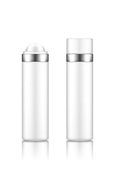 Белая пустая пластиковая бутылочка-роллер с дезодорантом или кремом, сывороткой, эфирным маслом.