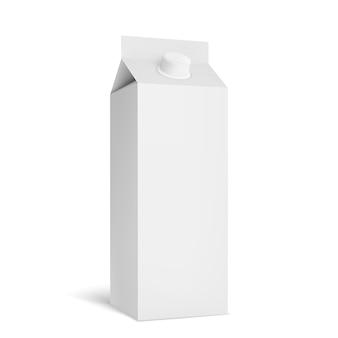 Белый картонный пакет для молока.