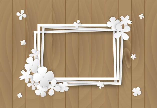 Белые цветы на деревянной раме