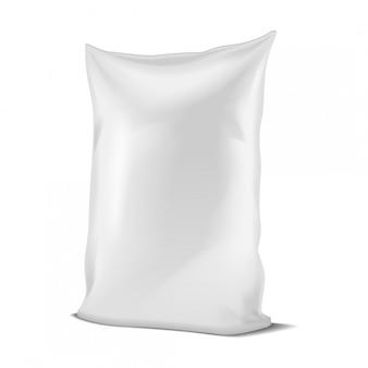 白いホイルかペーパーフードか家庭用化学薬品の袋の包装。動物のための小袋スナックポーチ食品。