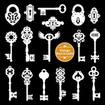 Набор белых ключей и замков
